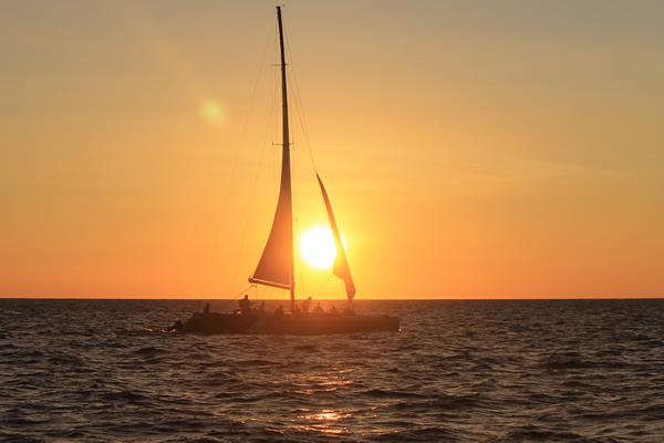 Sunset Fiji Sailing Cruise
